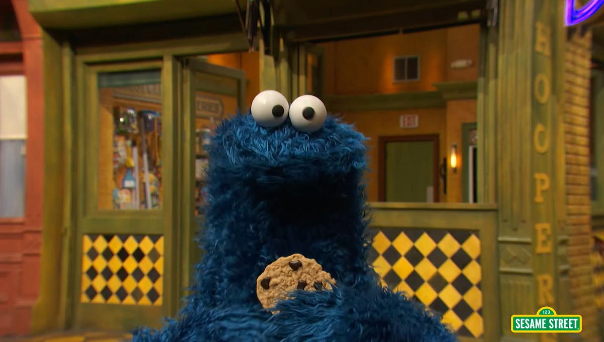 Cookie Monster discovers internet cookies in Reddit AMA
