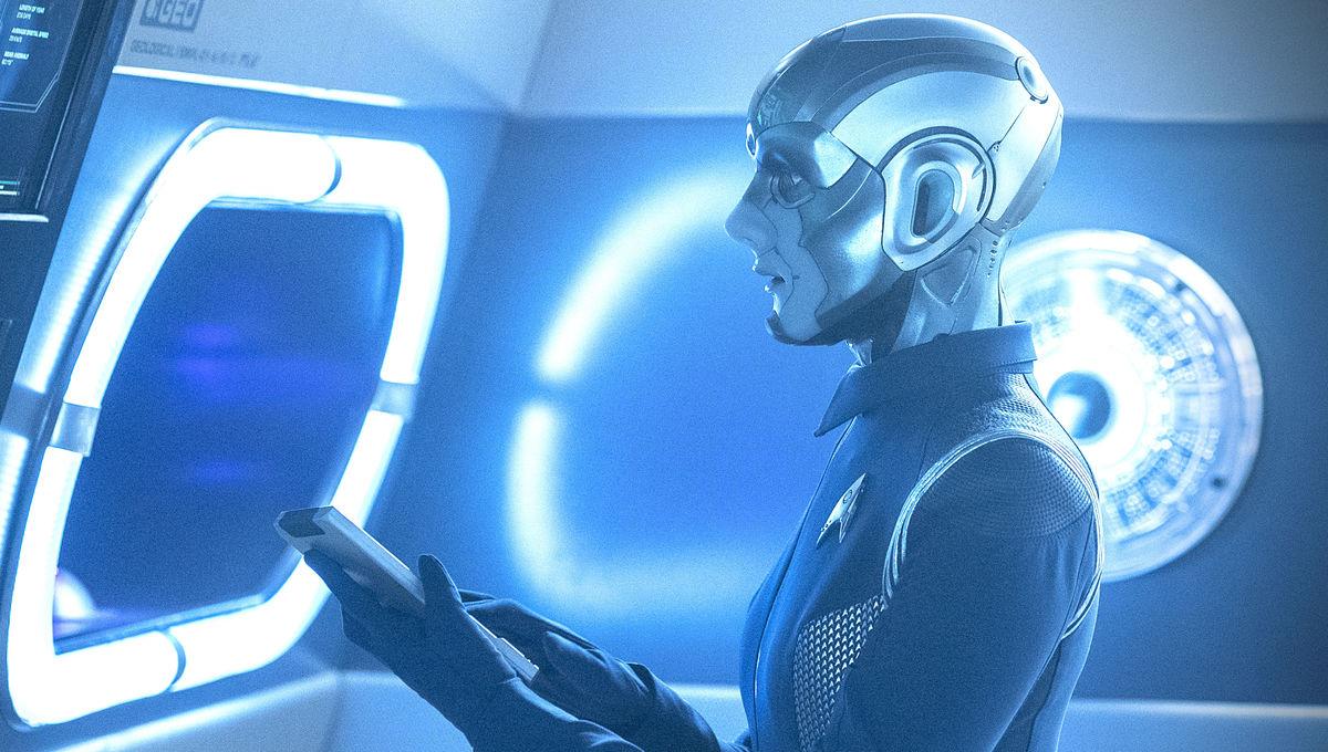 Hannah Cheesman as Airiam on Star Trek: Discovery