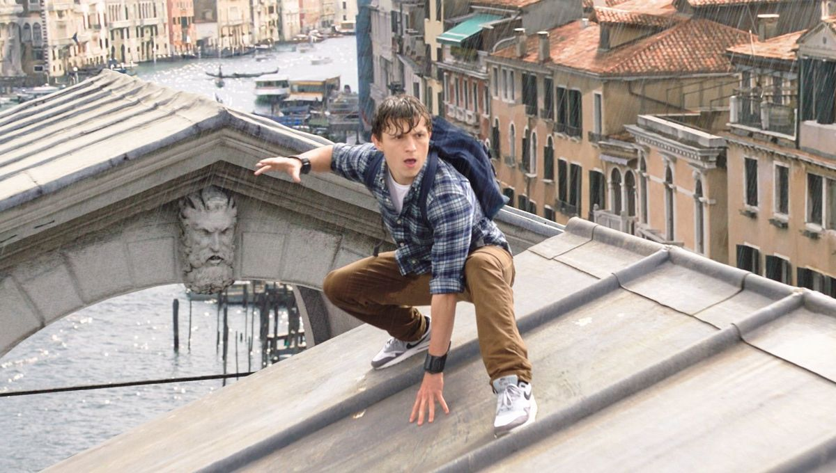 Wet 'n' wild Spider-Man: Far From Home clip dives into water Elemental magic