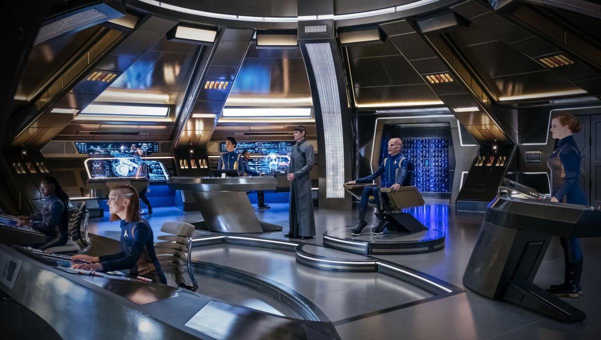 Alex Kurtzman talks canon concerns in Star Trek: Discovery Season 3