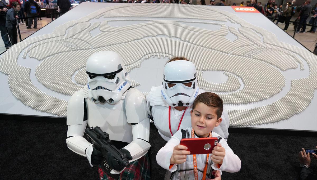 Lego Guinness world record helmet