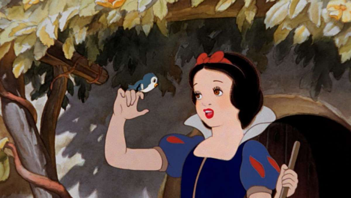 Snow White: Disney taps writer and director for live-action