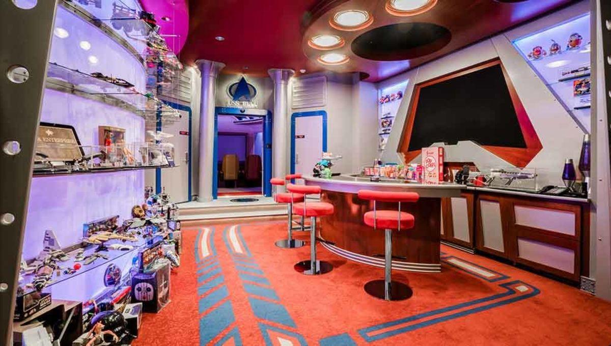 Upgrade your geek lifestyle with this lavish $25 million Star Trek-themed mansion