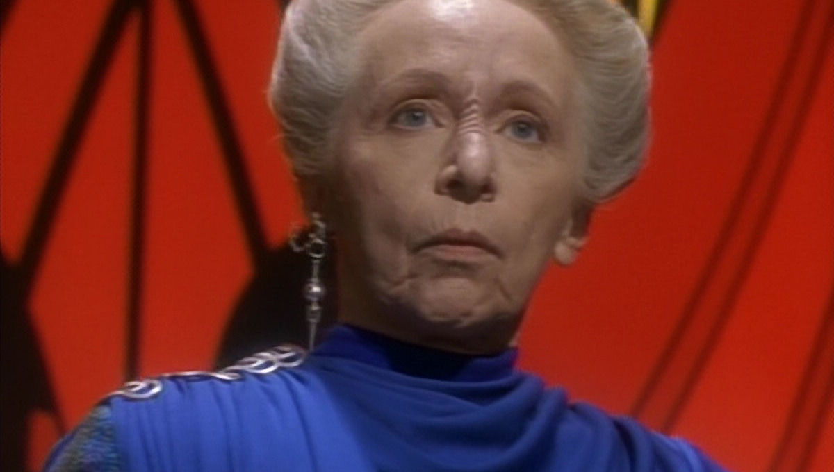 Chosen One of the Day: Els Renora, the Judge Judy of space