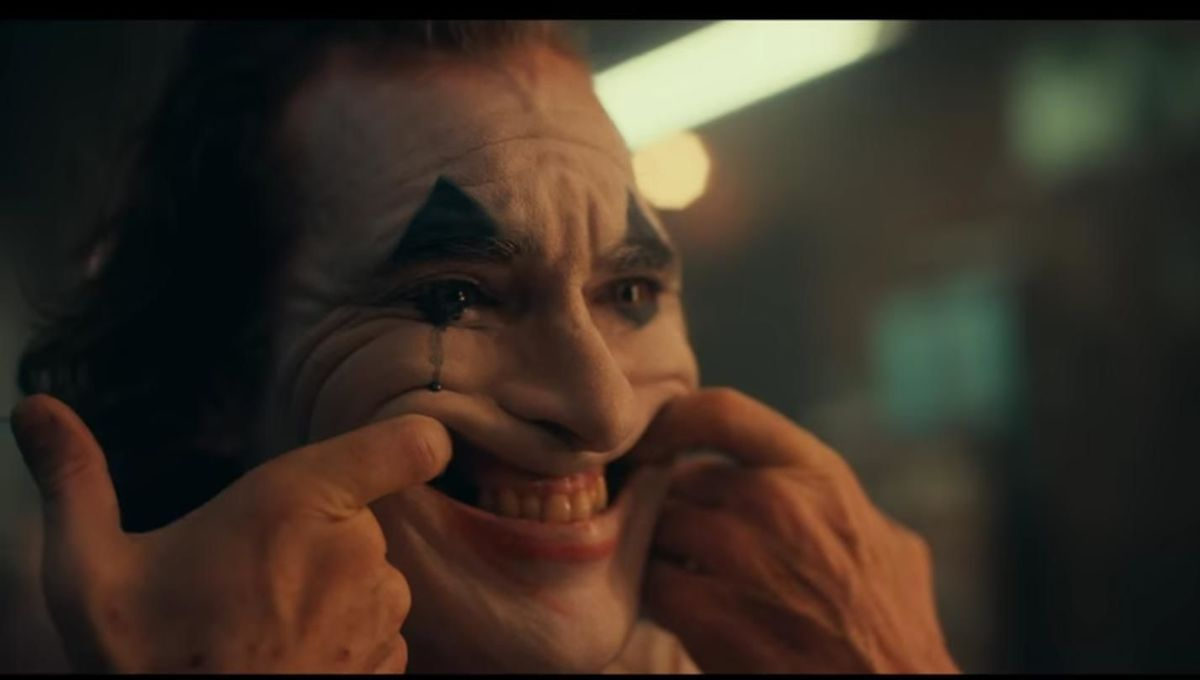 Joker director releases new photo and confirms film's rating