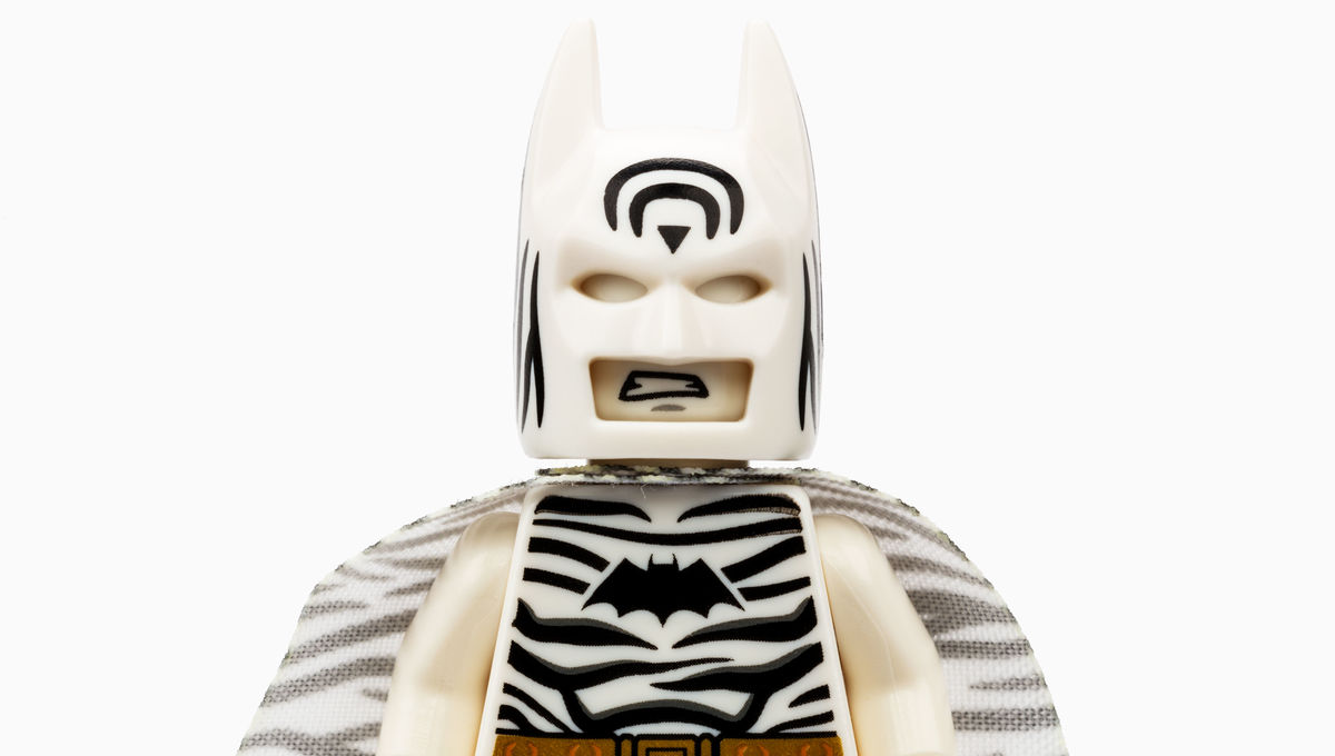 Holy SDCC LEGO Exclusive! Check out Zebra Batman