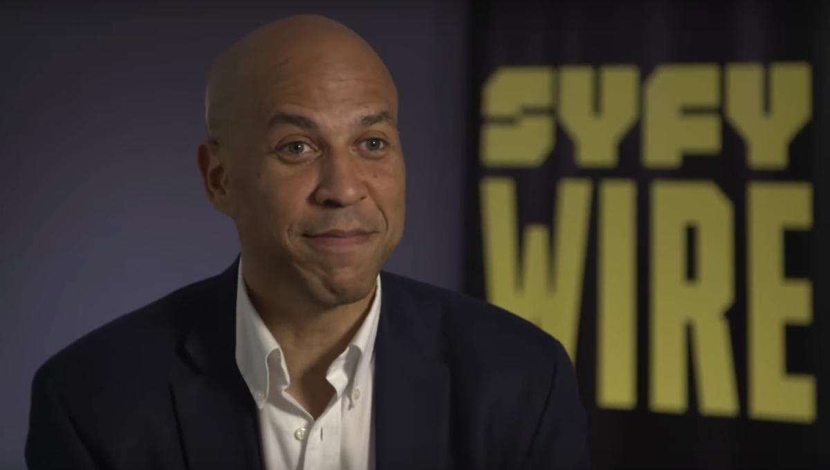 Sen. Cory Booker questions Captain Kirk, praises Picard, backs
