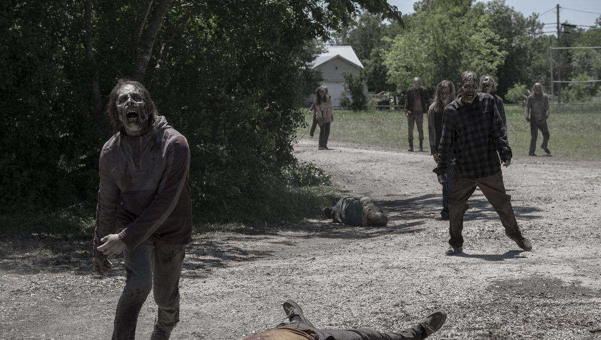 Is the universe trying to tell Fear the Walking Dead something?