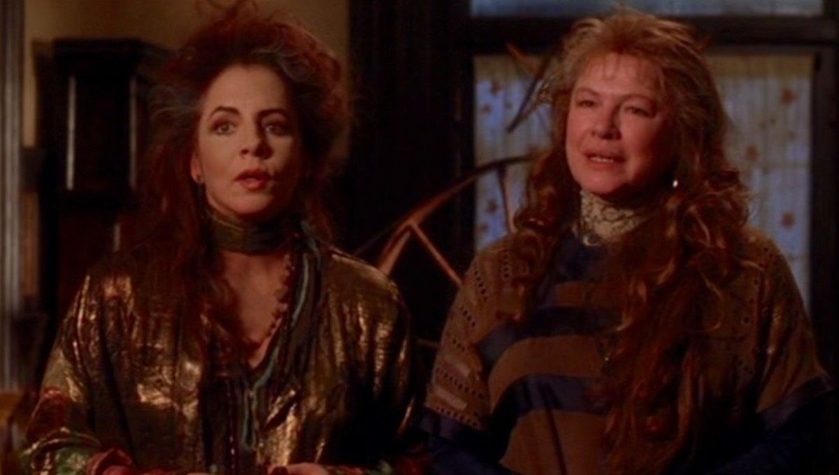 Look of the Week: The eccentric style of the Practical Magic aunts
