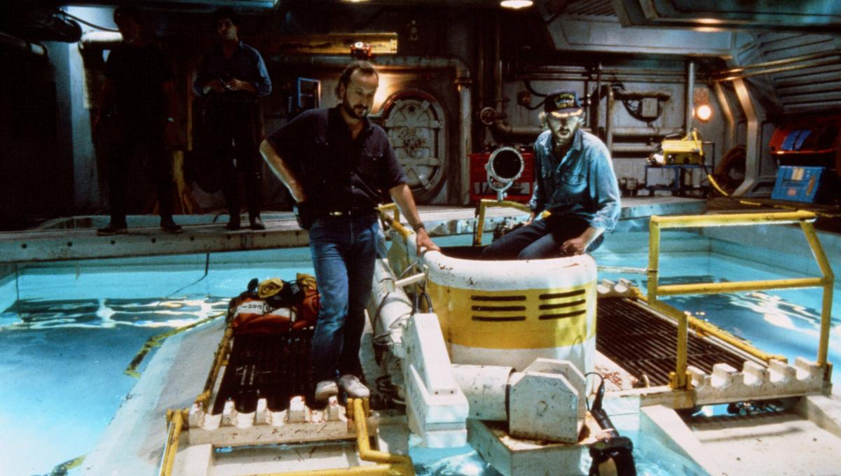 The Abyss at 30: Cinematographer Mikael Salomon on water-logged tech challenges and on-set electrocution