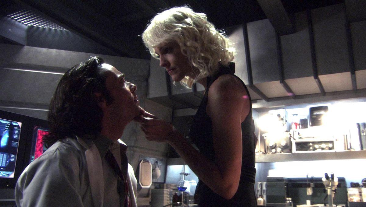 Battlestar Galacticast: Remembering Season 2, Episode 19: 'Lay Down Your Burdens, Part 1'