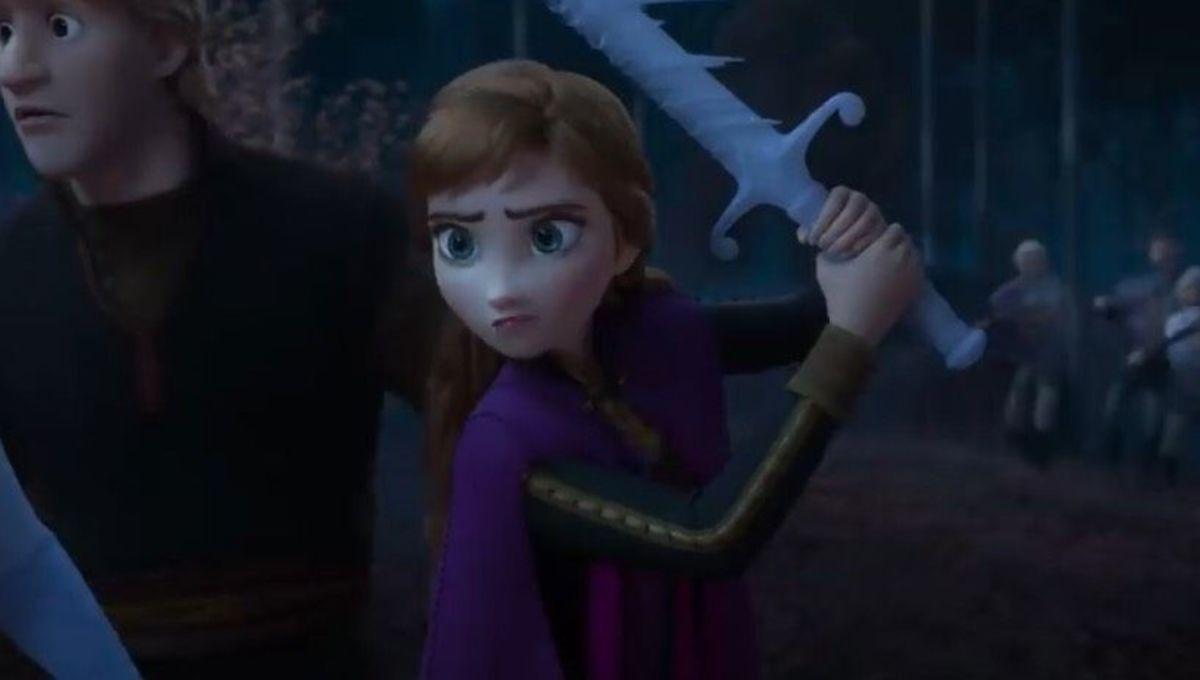 Look Of The Week Anna S Battle Ready Style In Frozen Ii