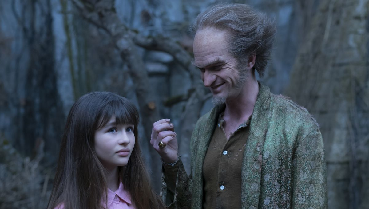 Stream This: A Series of Unfortunate Events is melancholic, artistic, and irresistible