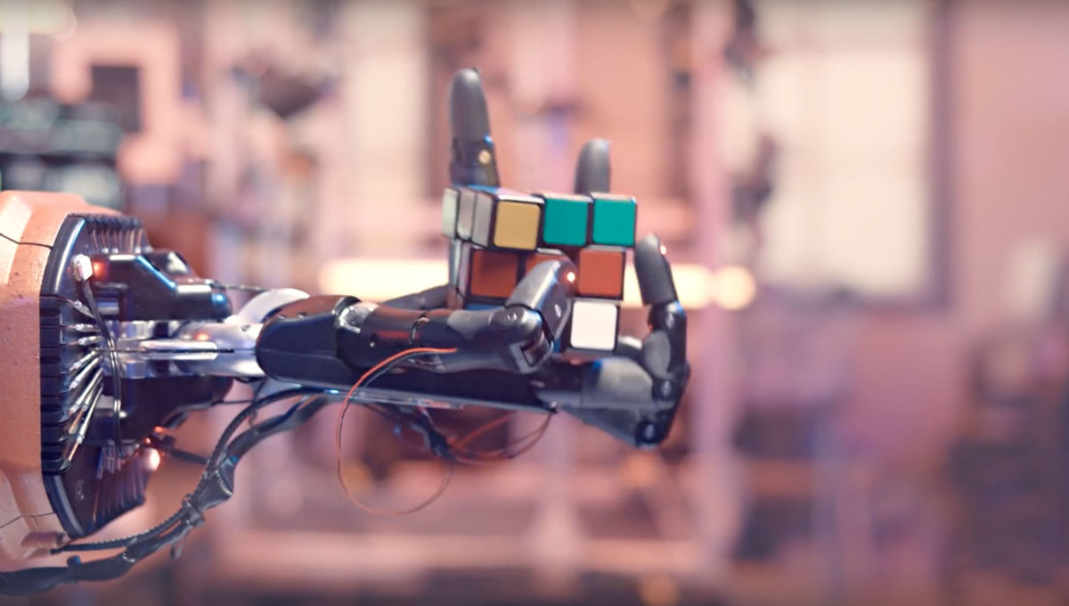 Disembodied cyborg hand can solve a Rubik's Cube using scary smart AI