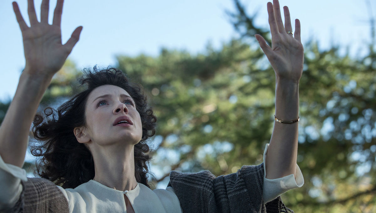 WTF Moments: Outlander's Claire creating the 'Boogie Woogie Bugle Boy' paradox