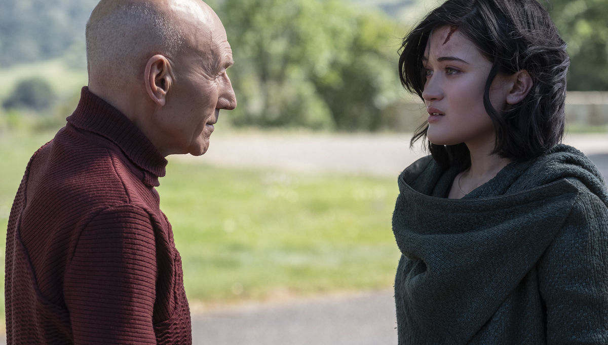 What's up with the vaping and swearing in Star Trek: Picard? Showrunner Michael Chabon explains