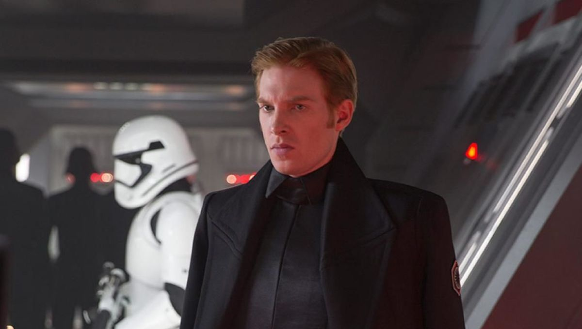 The Rise of Skywalker Visual Dictionary explains why General Hux was sidelined