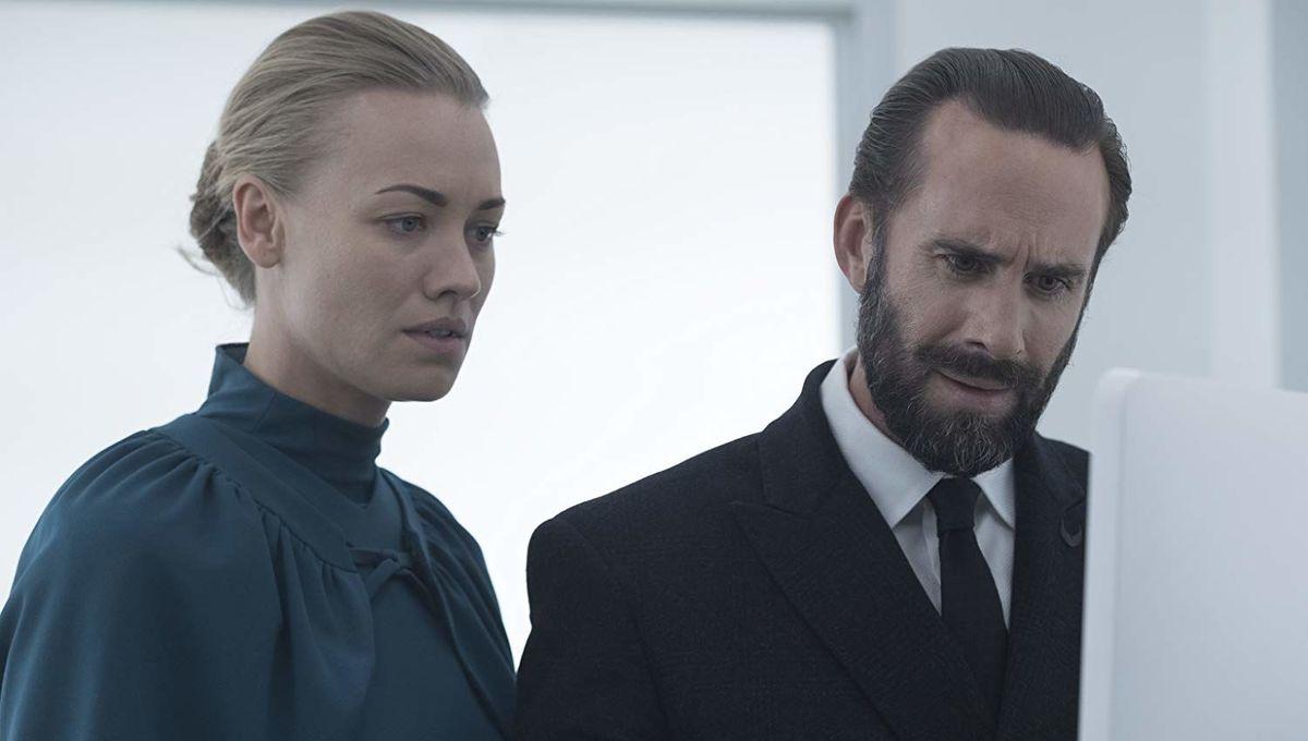 The Handmaid's Tale flipped the script on Joseph Fiennes' Commander Waterford in Season 3