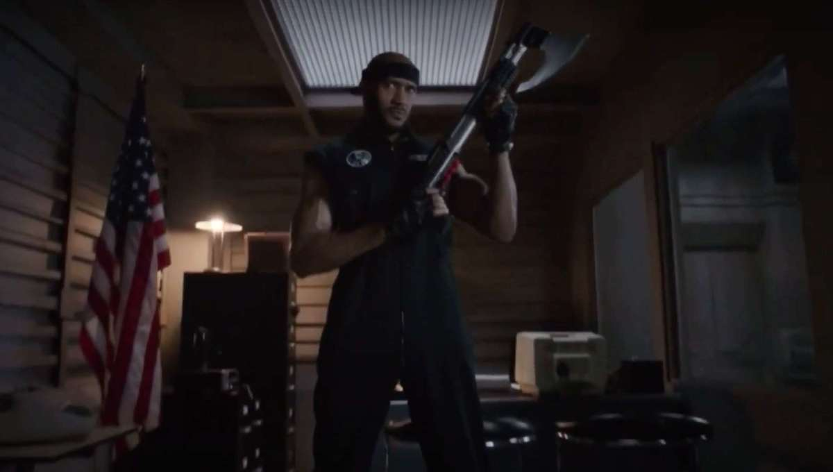 Someone sent Henry Simmons Mack's trademark shotgun axe from Agents of S.H.I.E.L.D., but who did it?