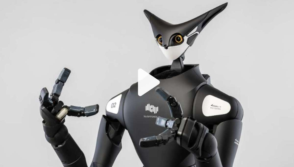 These 7-foot-tall shelf-stocking robots are invading Japanese convenience stores