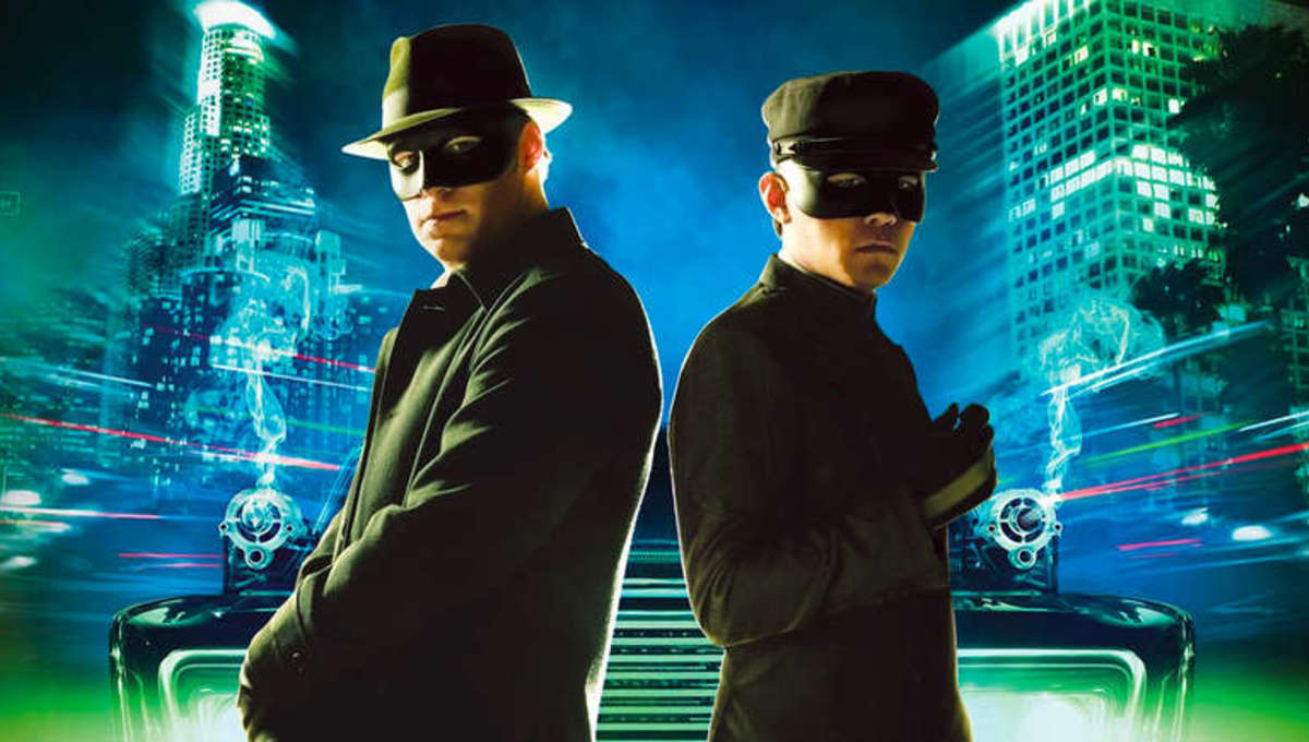 Seth Rogen as The Green Hornet, relies on his nonchalant attitude with his trademark buffoonery in approaching the world of crime-fighting.