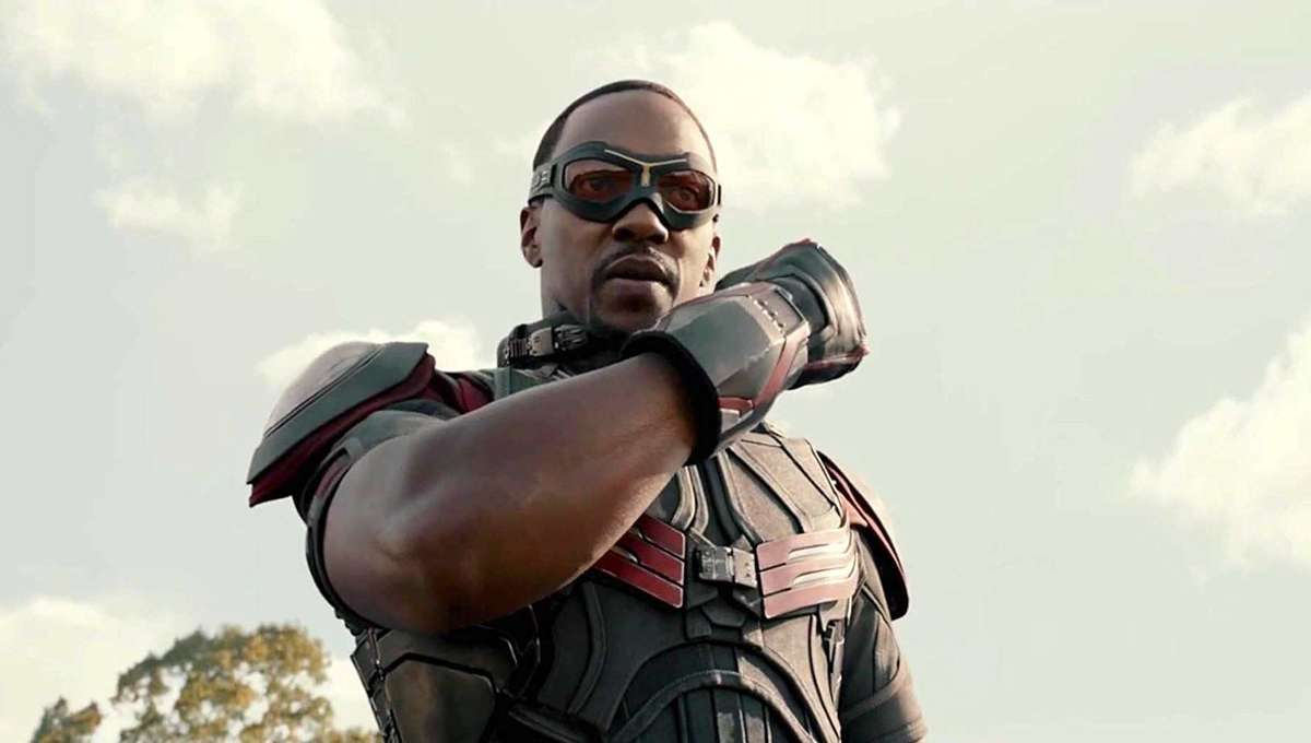 Anthony Mackie proves Falcon's 'bird-like' landing much harder than three-point superhero stance