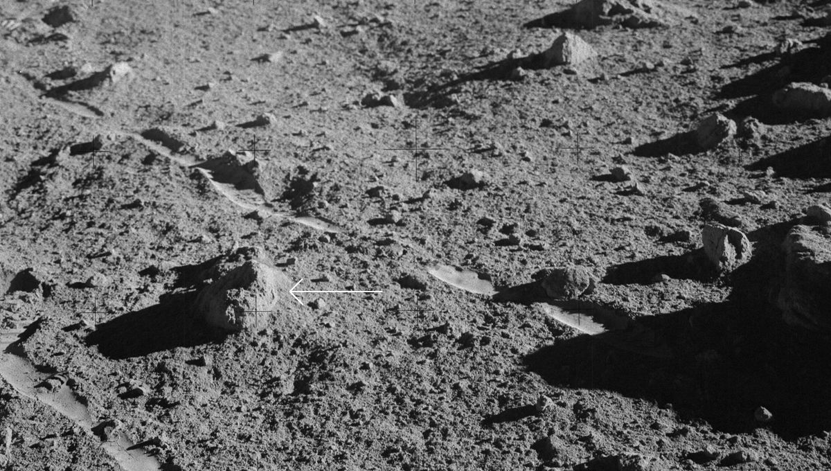 Rock 14321 (arrowed) as it was found on the lunar surface by Alan Shepard during the Apollo 14 mission. Credit: NASA