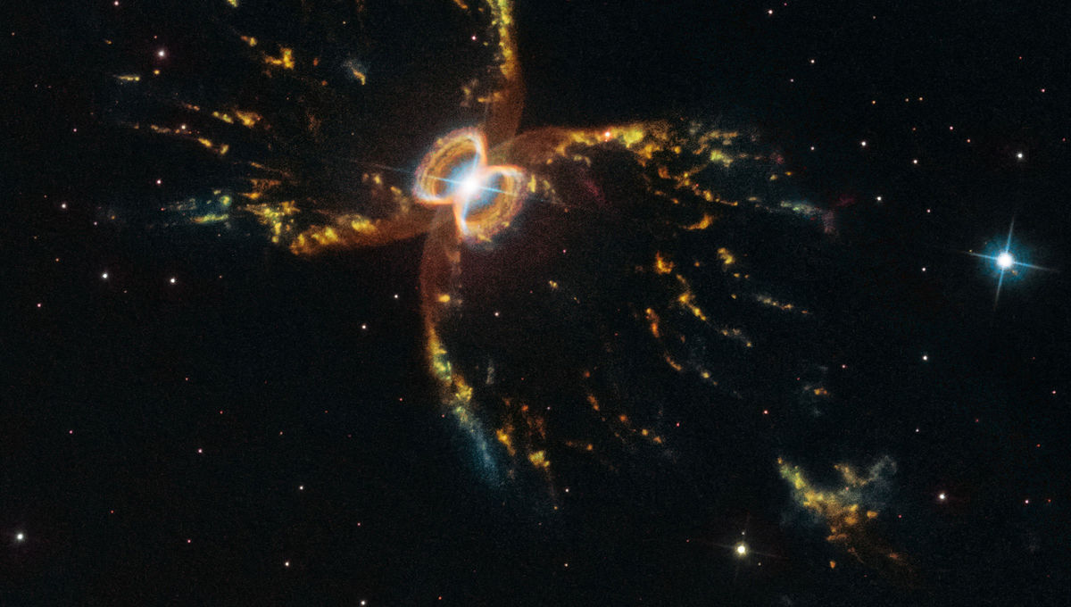 Hubble gets crabby for its 29th anniversary