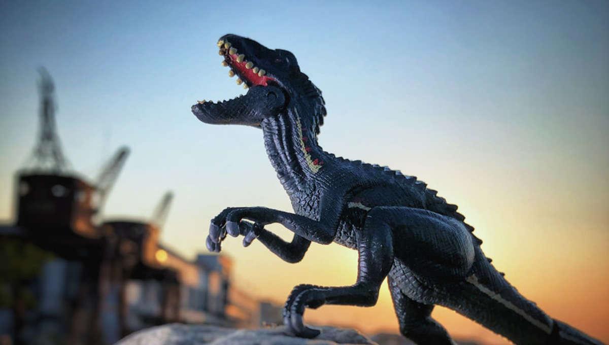 Indoraptor toy