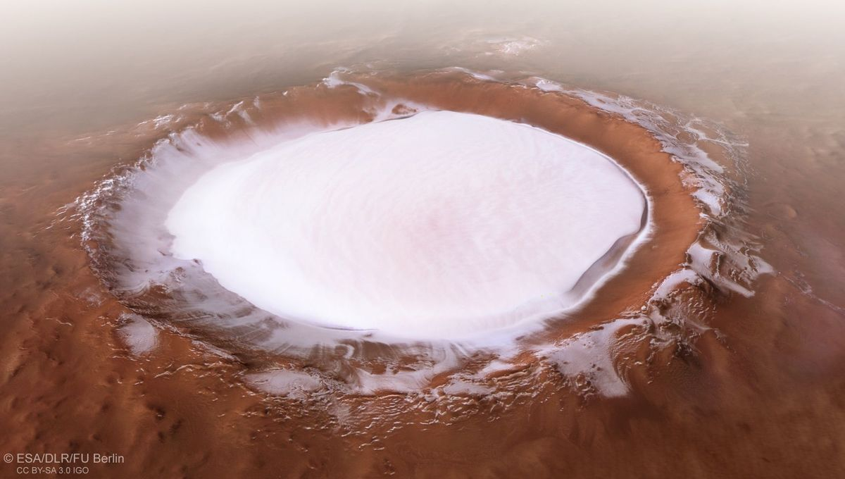 A perspective view of Korolev crater on Mars. Credit: ESA/DLR/FU Berlin, CC BY-SA 3.0 IGO
