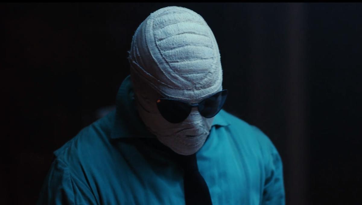 Titans Reveals Doom Patrol Members Elasti Girl Robotman Negative Man