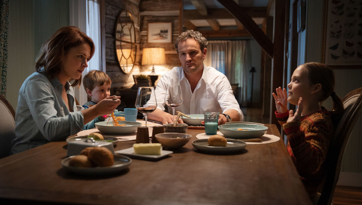 Jason Clarke says Stephen King is totally cool with that huge Pet Sematary change