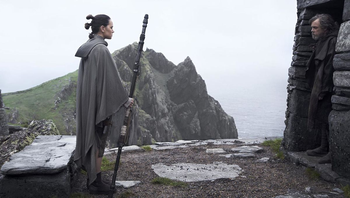 star_wars_the_last_jedi_rey_luke_hero_01.jpg