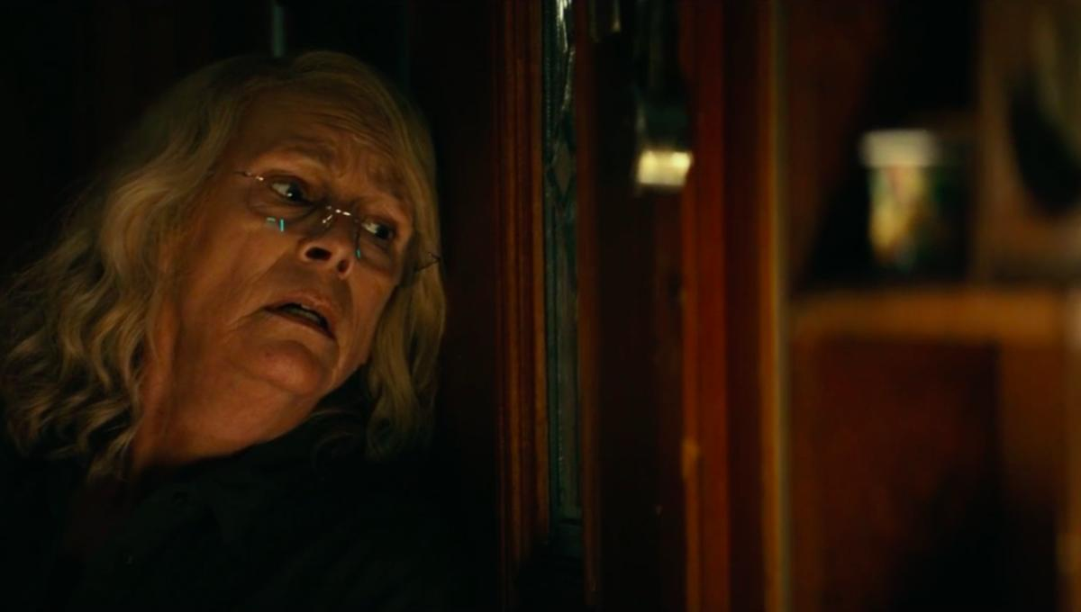 Halloween Michael Myers Gets Handsy With Laurie Strode In New Clip
