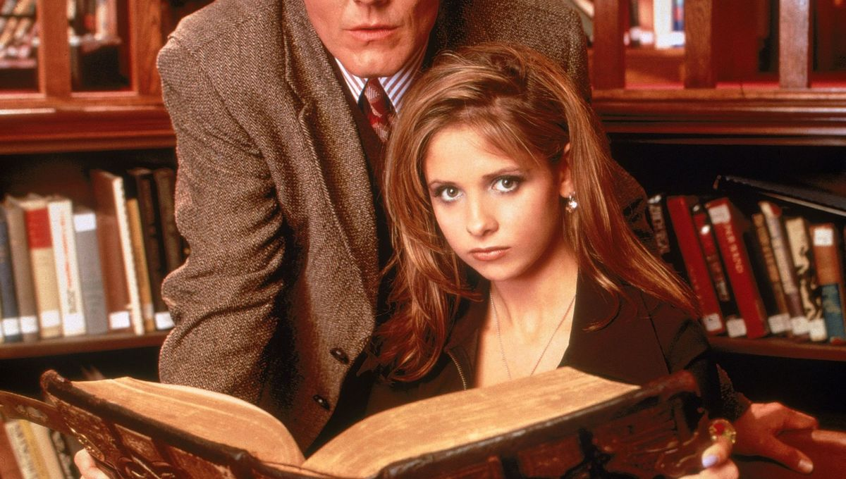029-buffy-the-vampire-slayer-theredlist.jpg