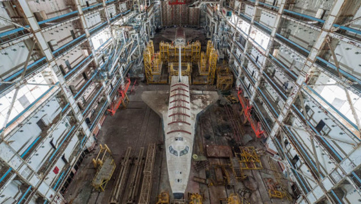 Check out these somber new shots of the Soviets' stunted space shuttle program