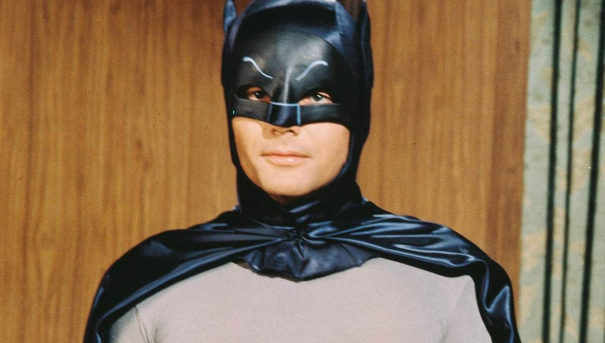 170610-crop-adam-west-batman-3-ew-1156a_1c510822438ac6d3a8817026221d8f3b.nbcnews-fp-1200-800.jpg