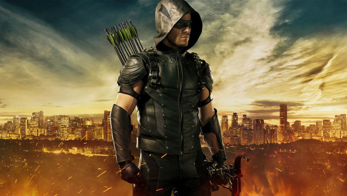 Arrow-Season-4-Costume.jpg