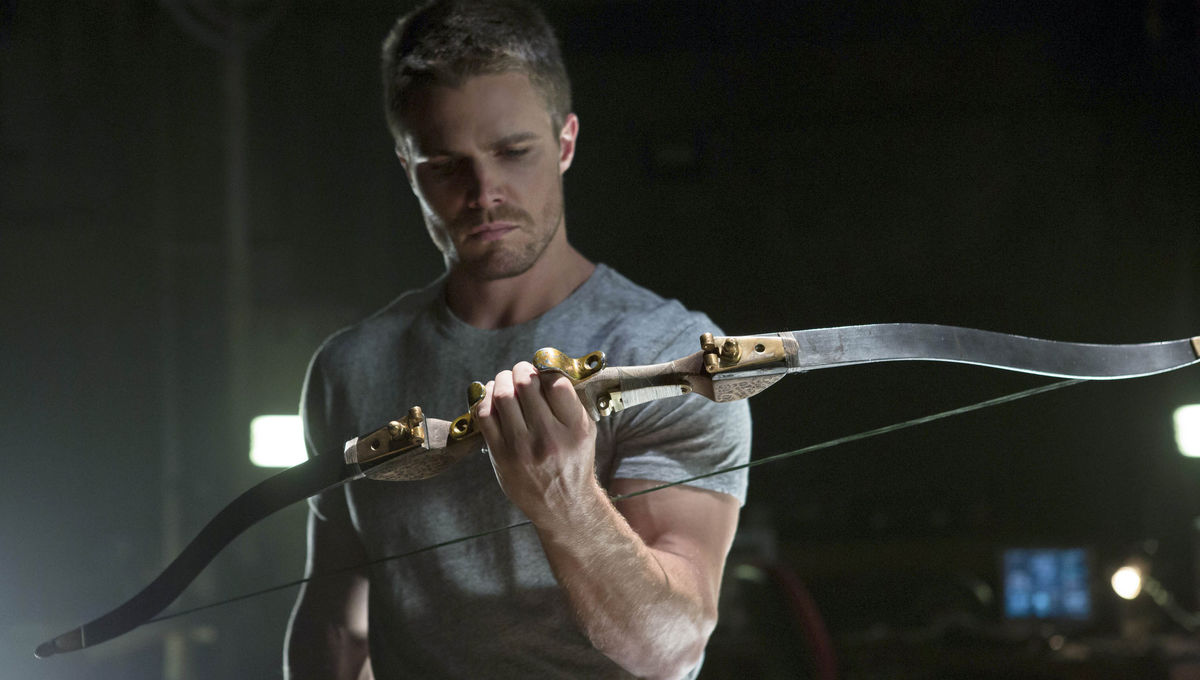 e78c95af1f1c So what does a REAL archer think of Arrow's form? (Hint: He's better than  Hawkeye)