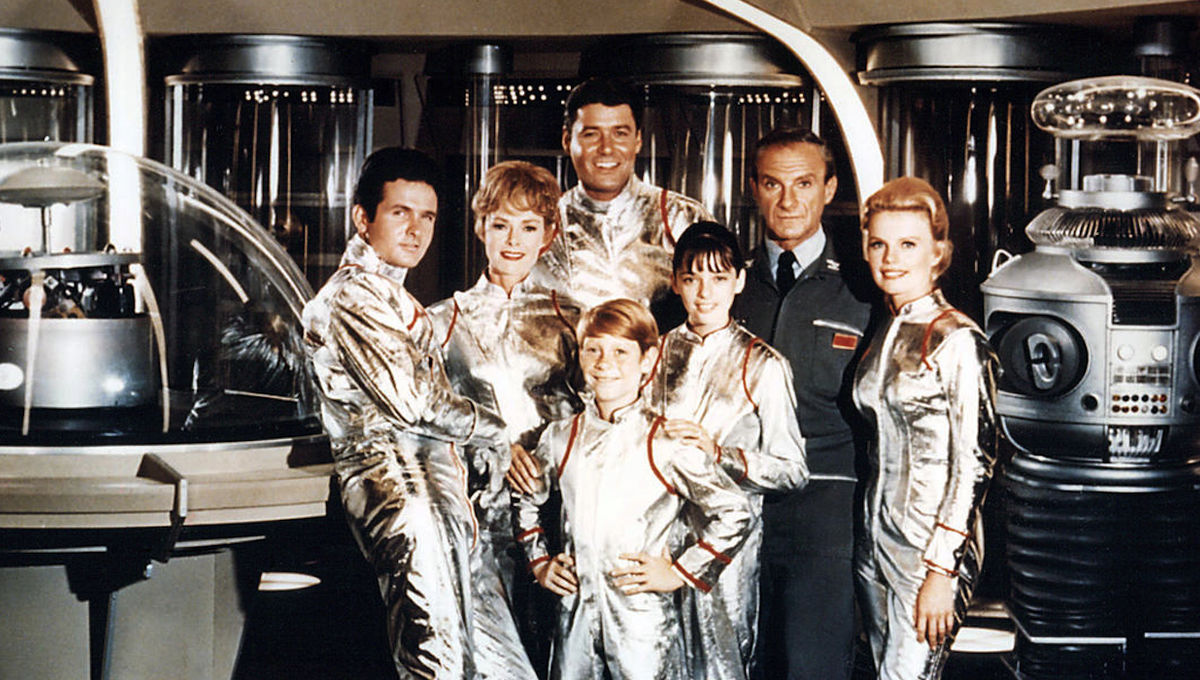 Lost-In-Space-Cast.jpg