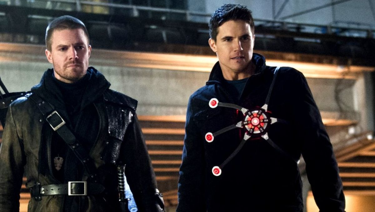 Stephen And Robbie Amell To Produce Star In Sci Fi Flick
