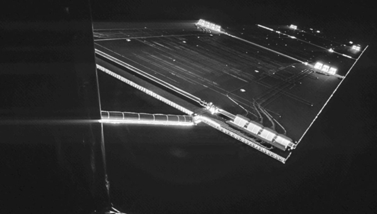 Rosetta_mission_selfie_at_comet_node_full_image_2.png