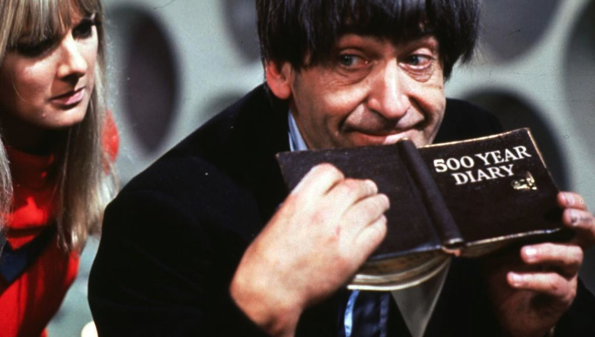 Second-doctor-patrick-troughton-3.jpg