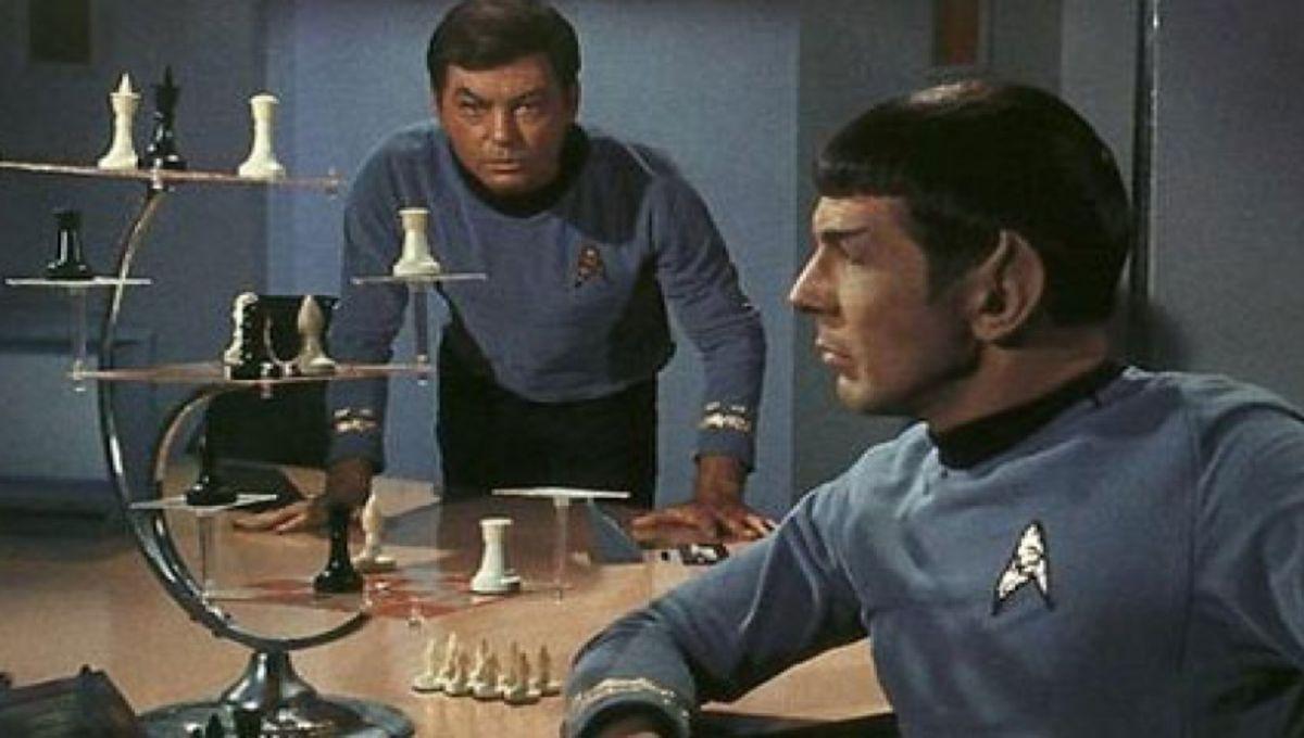 10 Star Trek Board Games You Should Beam To Your Gaming Shelf