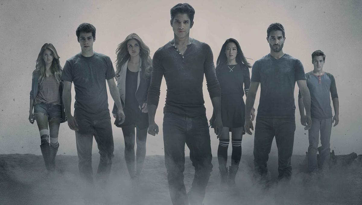 Teen_Wolf_Season_4_EDIT_Cast_Shot_Photo_Credit_Jaimie_Trueblood_and_MTV.png