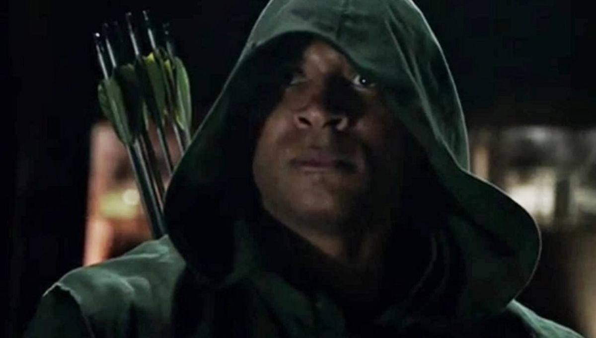 Arrow Showrunner Addresses That Diggle As Green Lantern Easter Egg