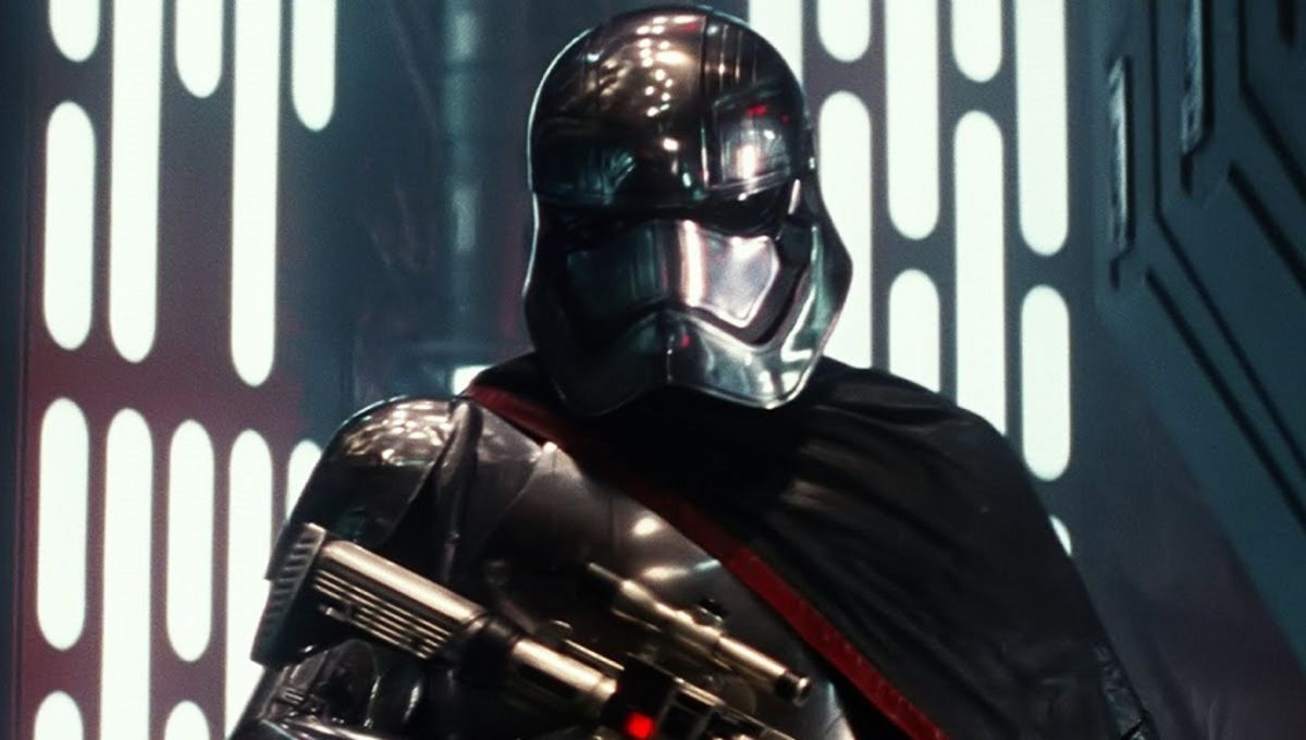 captain-phasma-star-wars-episode-7-force-awakens-cast.jpg