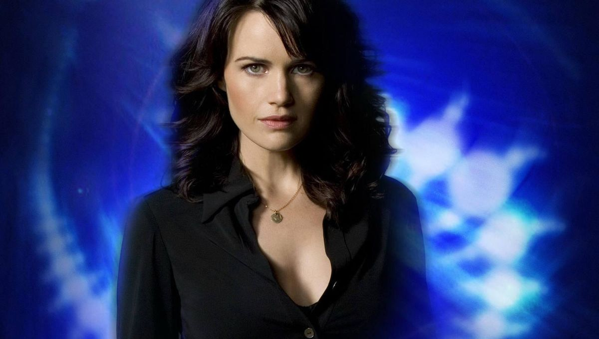 Carla Gugino wallpaper.jpeg