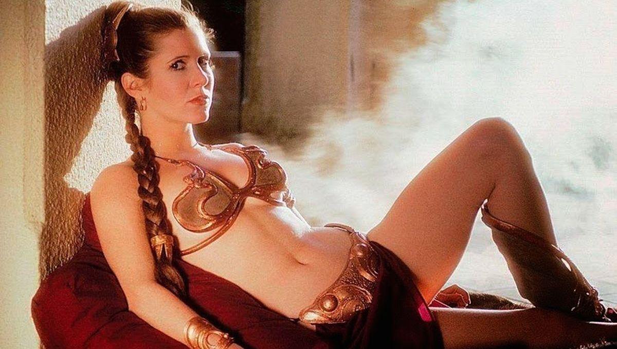 carrie-fisher-posing-seductively-in-a-bikini.jpg
