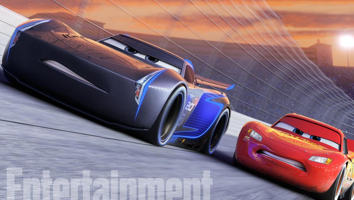 Lightning McQueen races to the finish line in first Cars 3 trailer